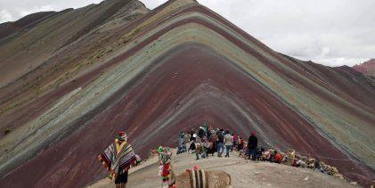 CUSCO:Turismo, minería y conservación se fusionan en Montaña de Colores en Cusco