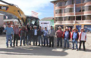 VELILLE:Hudbay Perú entregó maquinaria pesada a la Municipalidad Distrital de Velille