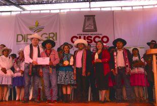 """CHUMBIVILCAS:Asociación  de Productores Agropecuarios """"Mi Cullahuata""""  del distrito de Velille obtiene reconocimiento por parte del Ministerio de Agricultura y Riego"""