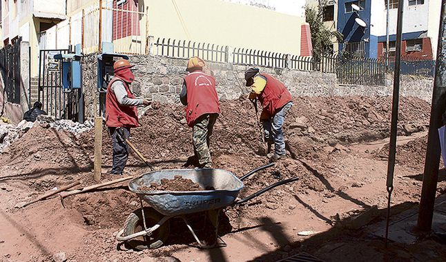 REGIONAL:Gobierno desembolsa S/ 50 millones para provincias de Corredor Minero de Sur